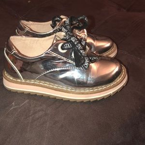 PRE OWNED TODDLER GIRL ZARA SHOES